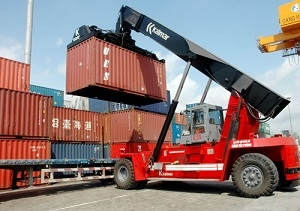 Xuất khẩu đồ gỗ của Việt Nam - Bài toán cạnh tranh với Malaysia