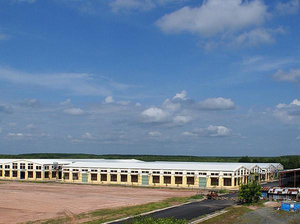factory002.jpg